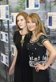 Jane Seymour- und Katie Flynn Celebrate Mother-` s Tag Lizenzfreie Stockfotos