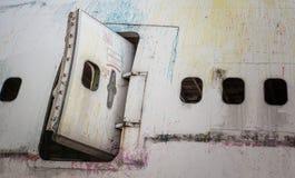 Janela abandonada do avião fotografia de stock