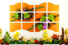 Janela com flores Fotos de Stock