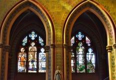 Janela com vitral Nevers - NEVERS - França fotografia de stock