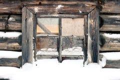 A janela congelada velha do celeiro Foto de Stock