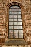 janela cor-de-rosa Italia lombardy o si velho da igreja do turbigo imagem de stock