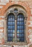 Janela da igreja Católica velha Foto de Stock
