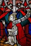 Janela da igreja no Musee du nacional Moyen Idade em Paris, França fotografia de stock
