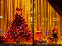 Janela de exposição do Natal foto de stock royalty free