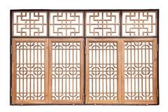 Janela de madeira chinesa do estilo tradicional no backgr branco isolado imagens de stock royalty free