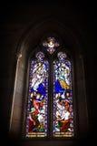 Janela de vitral, iluminação escura Fotografia de Stock Royalty Free