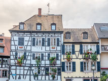 A janela decorou a casa em Strasbourg Foto de Stock Royalty Free