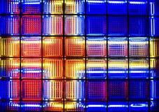 Janela do bloco de vidro com a bandeira sueco de néon foto de stock royalty free