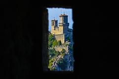 Janela do castelo Fotos de Stock