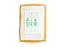 Janela do pão-de-espécie do Natal com árvores e neve fotos de stock