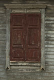 janela fechado de madeira gasto velha Imagens de Stock