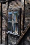 Janela na casa de madeira Foto de Stock