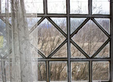 A janela velha na varanda Imagens de Stock