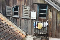 Janelas abertas no Dalat vietnamiano Fotos de Stock Royalty Free
