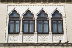 janelas do Venetian-estilo Fotos de Stock