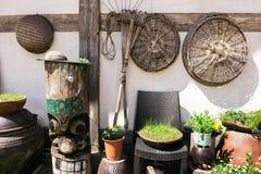 Jangseung, équipement traditionnel coréen de poteau et de ferme de totem et pot de fleur images libres de droits