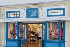 Janie和杰克商店前面 免版税库存图片