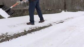 Janitor czysty chodniczek od śniegu zbiory