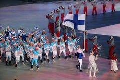 Janne Ahonyen, der die Flagge von Finnland die finnische Olympiamannschaft beim PyeongChang führend 2018 Winterolympiade trägt Lizenzfreie Stockbilder
