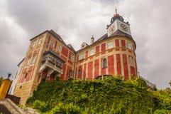 Jansky小山城堡在Javornik镇 免版税库存照片
