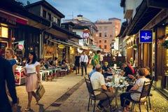 Jantar de Iftar em Sarajevo, Bósnia fotos de stock