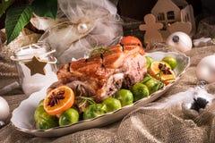 Jantar de Natal com as couves de Bruxelas no molho alaranjado Fotografia de Stock Royalty Free