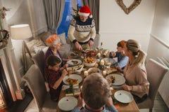 Jantar de Natal da família de três gerações Fotos de Stock