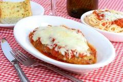 Jantar de Parmigiana da galinha Fotos de Stock Royalty Free