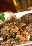 Jantar do bife e da batata Fotografia de Stock Royalty Free