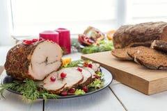 Jantar do feriado do Natal Peito de galinha enchido Fotografia de Stock Royalty Free