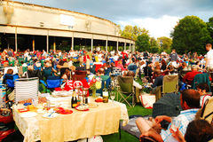 Jantar e concerto da noite Fotografia de Stock Royalty Free