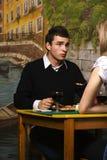 Jantar romântico na pizaria Fotos de Stock Royalty Free