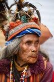JANUAR: Unbekannter alter ifugao Mann im Nationalkostüm nahe bei Reisterrassen am 24 Lizenzfreie Stockbilder