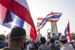 Januari 5, 2014: Anti--regering personer som protesterar på Democra Royaltyfria Foton