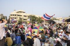 Januari 5, 2014: Anti--regering personer som protesterar på Democra Arkivbilder