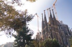 31 januari 2016 Barcelona, Spanje De werkzaamheden aangaande Sagrada Familia Kathedraal vorderen Stock Afbeelding