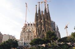 31 januari 2016 Barcelona, Spanje De werkzaamheden aangaande Sagrada Familia Kathedraal vorderen Stock Afbeeldingen