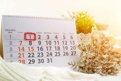 1 januari Dag 1 van maand op witte kalender Concept gelukkig Royalty-vrije Stock Foto