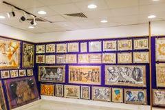27 januari, 2019 - Egypte, Sharm el-Sheikh Papyrus schilderen getoond in opslag royalty-vrije stock afbeeldingen