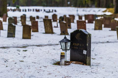 22 januari, 2017: Grafstenen in Skogskyrkogarden-kerkhof i Royalty-vrije Stock Foto's