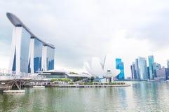 15 Januari 2016, het hotel van Singapore - Marina Bay-, brug, museum Stock Foto's