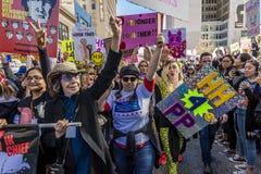 21 JANUARI, 2017, LOS ANGELES, CA Lily Tomlin en Miley Cyrus nemen aan Maart van Vrouwen deel, 750.000 activisten die Donald prot Stock Foto