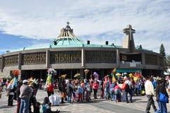 8 januari, 2016 - Mexico-City: De Basiliek van Onze Dame Guadalupe Stock Afbeeldingen