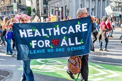 Januari 19, 2019 San Francisco/CA/USA - kvinnors tecken för marshändelse royaltyfri foto