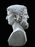 Janus beeldhouwwerk op een zwarte achtergrond Royalty-vrije Stock Afbeelding