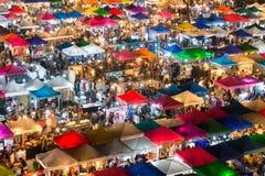 23 janvier 2015 - Bangkok, Thaïlande : Vue de ci-dessus d'une nuit Images libres de droits
