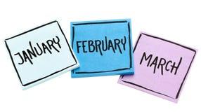 Janvier, février et mars sur les notes collantes Photo libre de droits