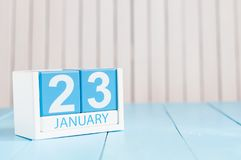 23 janvier Jour 23 du mois, calendrier sur le fond en bois Horaire d'hiver L'espace vide pour le texte Photos libres de droits
