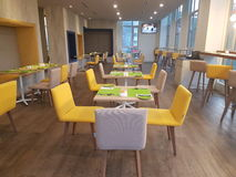 14 janvier 2017, Kuala Lumpur L'inlook de restaurant à IBIS dénomme l'hôtel Sri Damansara Photographie stock